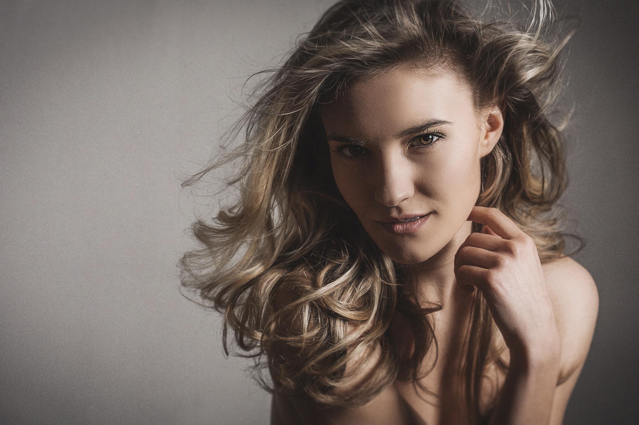 Beautyfotograf Hautretusche