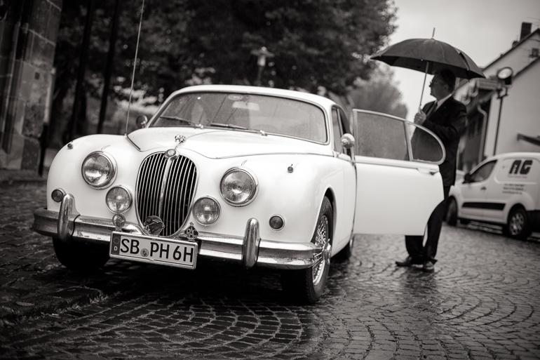 Was ein Oldtimer das perfekte Hochzeitsauto