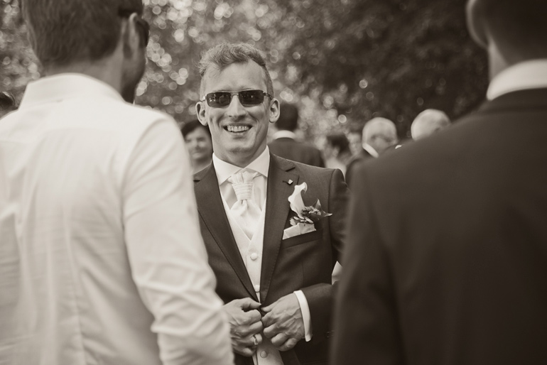 Der coole Bräutigam und seine Hochzeitsgäste