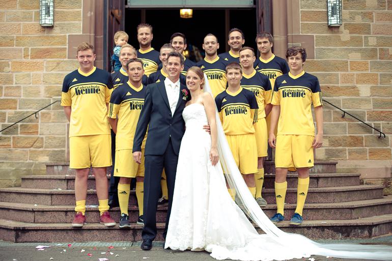 Zu jeder Hochzeitsreportage gehört auch ein Gruppenfoto