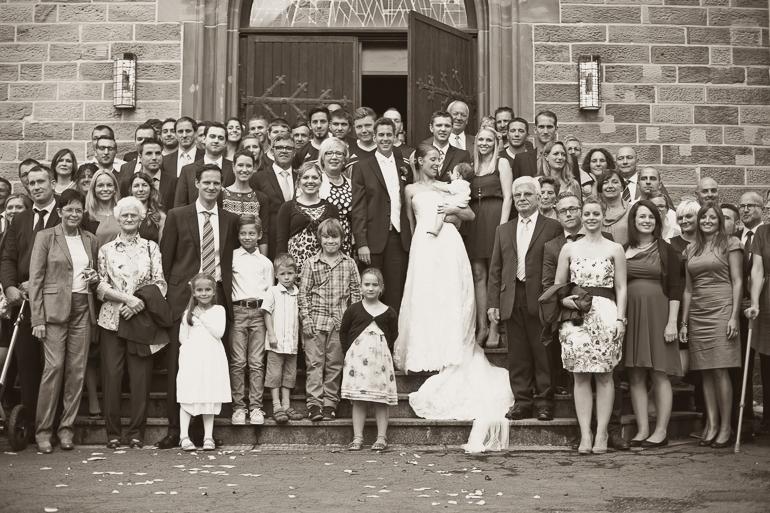 obligatorisch für jeden Hochzeitsfotografen das Gruppenfoto
